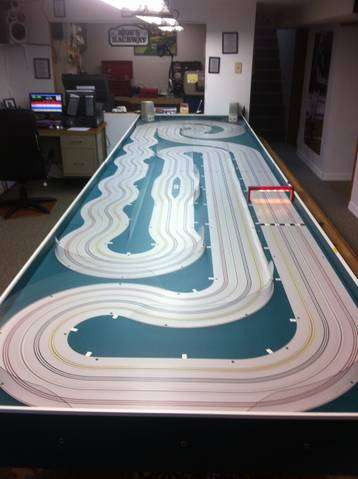 Very very nice ho scale tko slot car track for sale