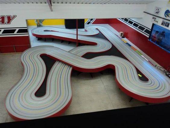 Name:  Flat Road Course Slot Car Tracks.jpg Views: 142 Size:  38.9 KB